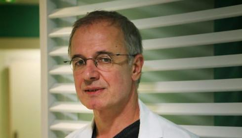 Le docteur Patrick Lemoine, spécialiste du sommeil et.